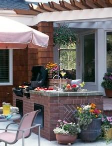 Ghid pentru amenajarea unei bucatarii de vara