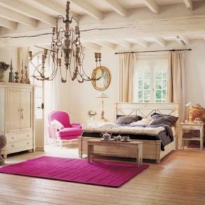 Tonuri neutre si accente indraznete in dormitorul clasic